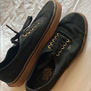 Black low top van sneakers